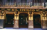 The store El Indio. Decorated in the purest Modernista Style in 1922 by Vilarò i Valls