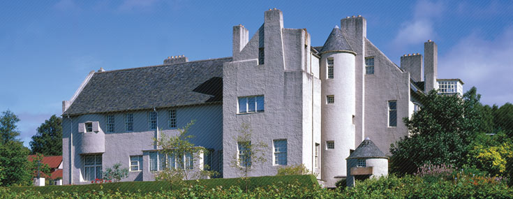 Charles Rennie Mackintosh, 1902-1904. The Hill House, vue du sud (© The National Trust for Scotland Photo Library)